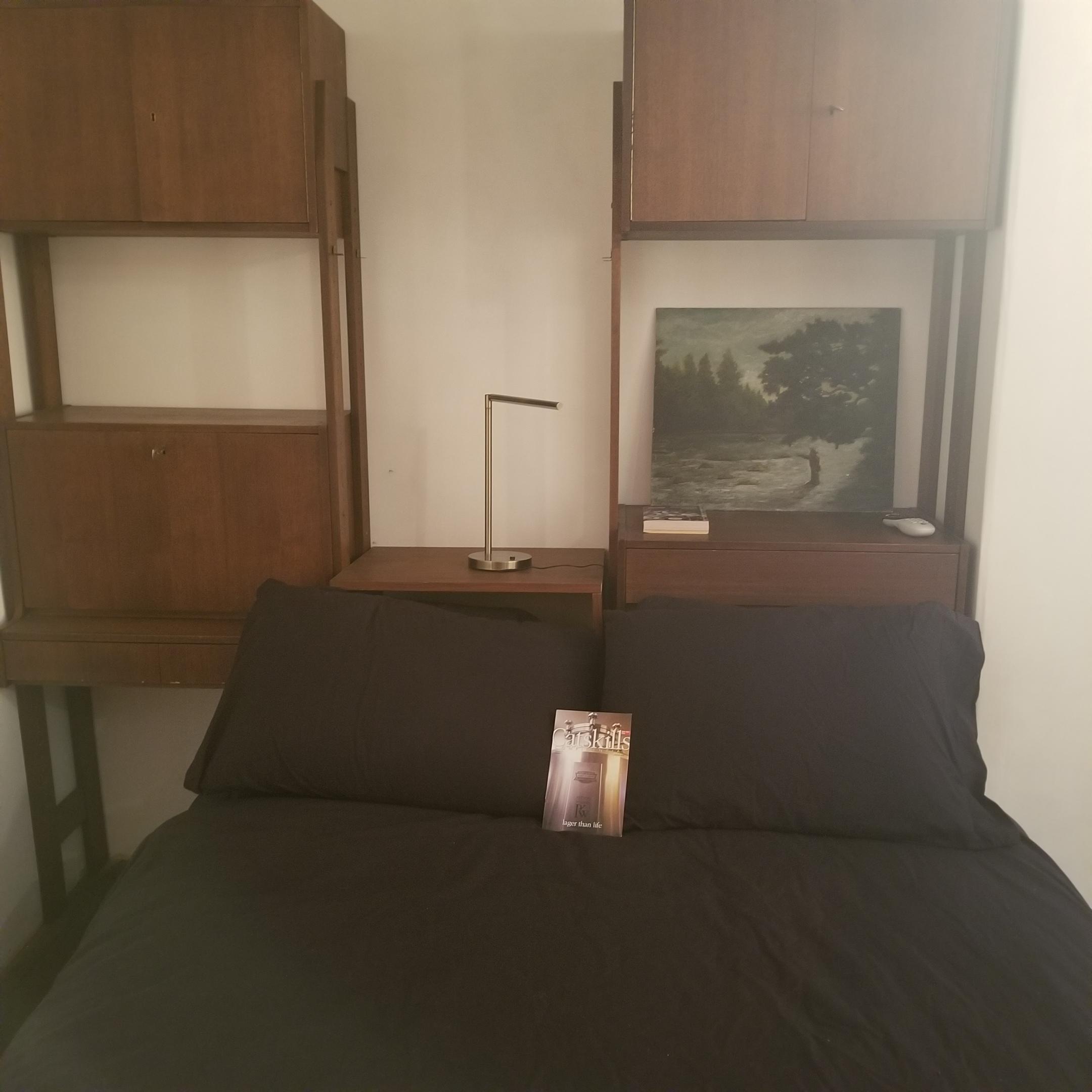 River bedroom 2.jpg