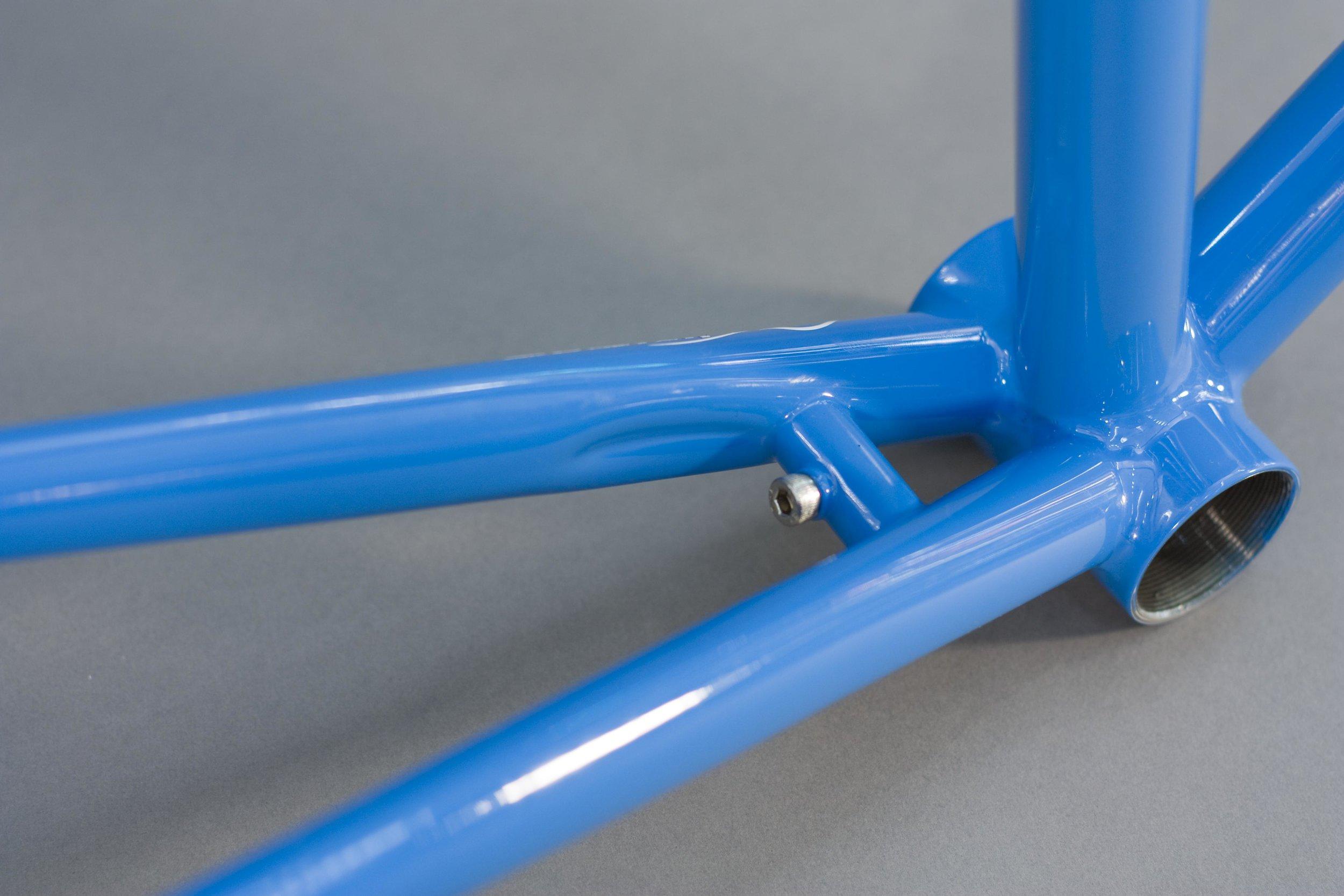 56cm-winter-bicycles-built-pelican_8269878425_o.jpg