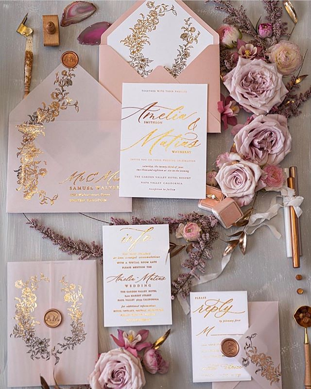 Loving this invitation inspiration 💛 • • • • • • #weddings #weddinginspo #weddingday  #weddingreception #weregettingmarried #weddingdetails #mrandmrs #marryme #ido #shesaidyes #bestoftheday #weddingdecor #realweddings #bridalthings #justmarried #love #greenvilleweddingplanner #scweddingplanner #travelweddingplanner #destinationwedding #realweddings #greenvillewedding #scwedding #ncwedding #realcouples #romanticwedding #2020bride #rosegoldwedding