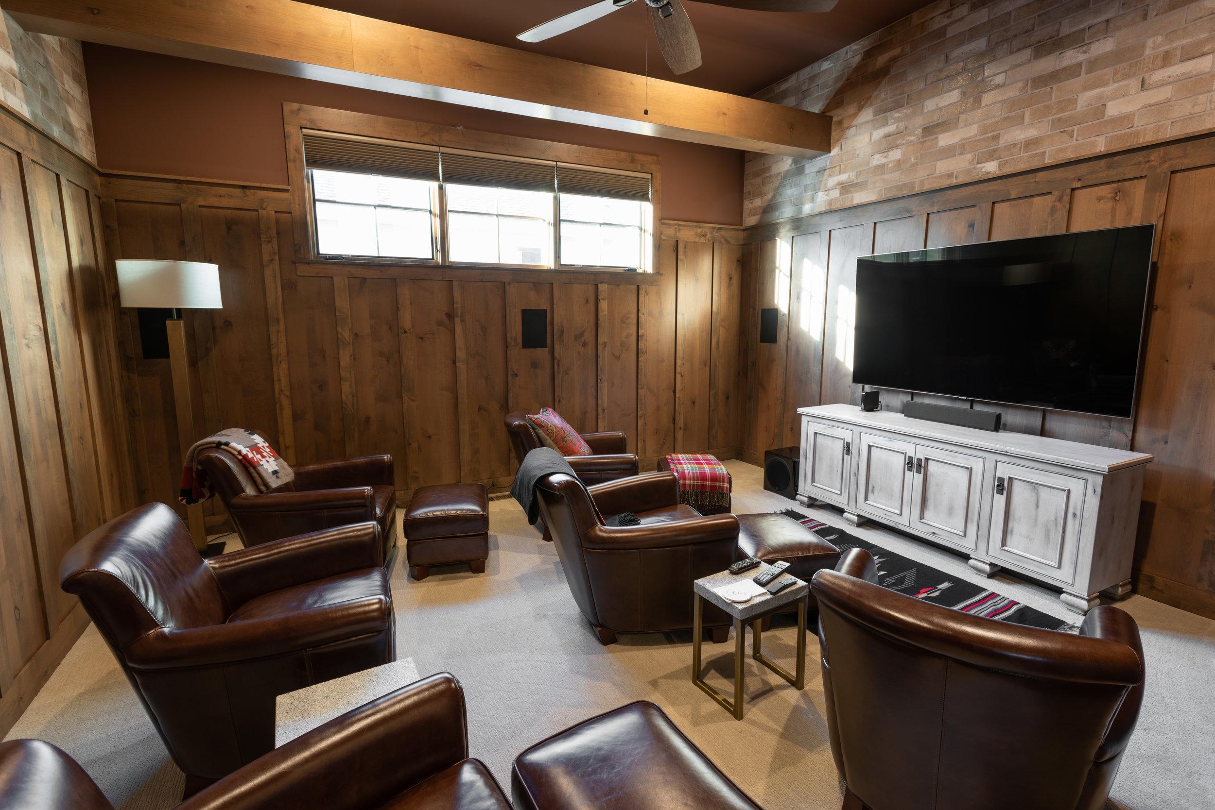 Entertainment Room #1.jpg