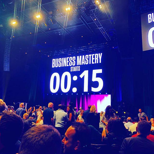 Doin it.  #tonyrobbins #businessmastery #theenlightenedentrepreneur #fuckingvegas