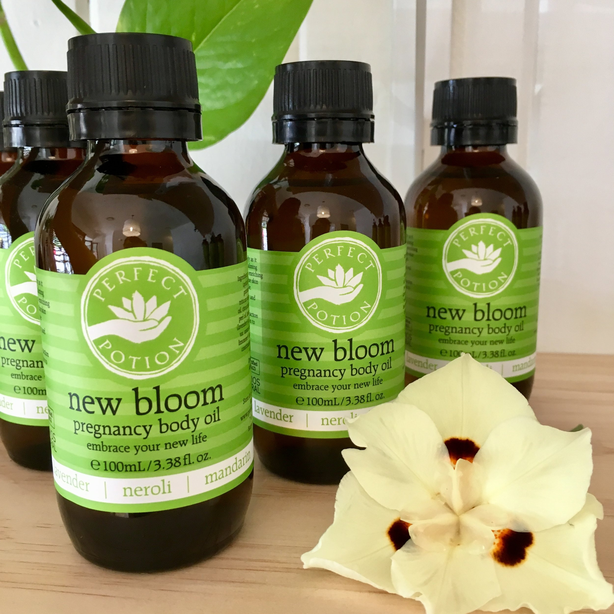 New Bloom Pregnancy Nurture Package - For all expecting mothers from as early as the first trimester.Package includes:1 x 1 hour or 90 minute Pregnancy Massage1 x 100mL bottle of certified organic New Bloom Pregnancy Body Oil from Perfect Potion.