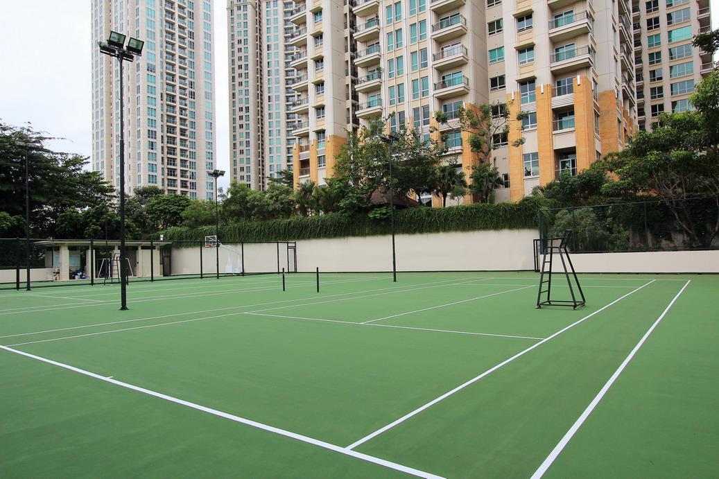 Tennis Court_resize_resize.jpg
