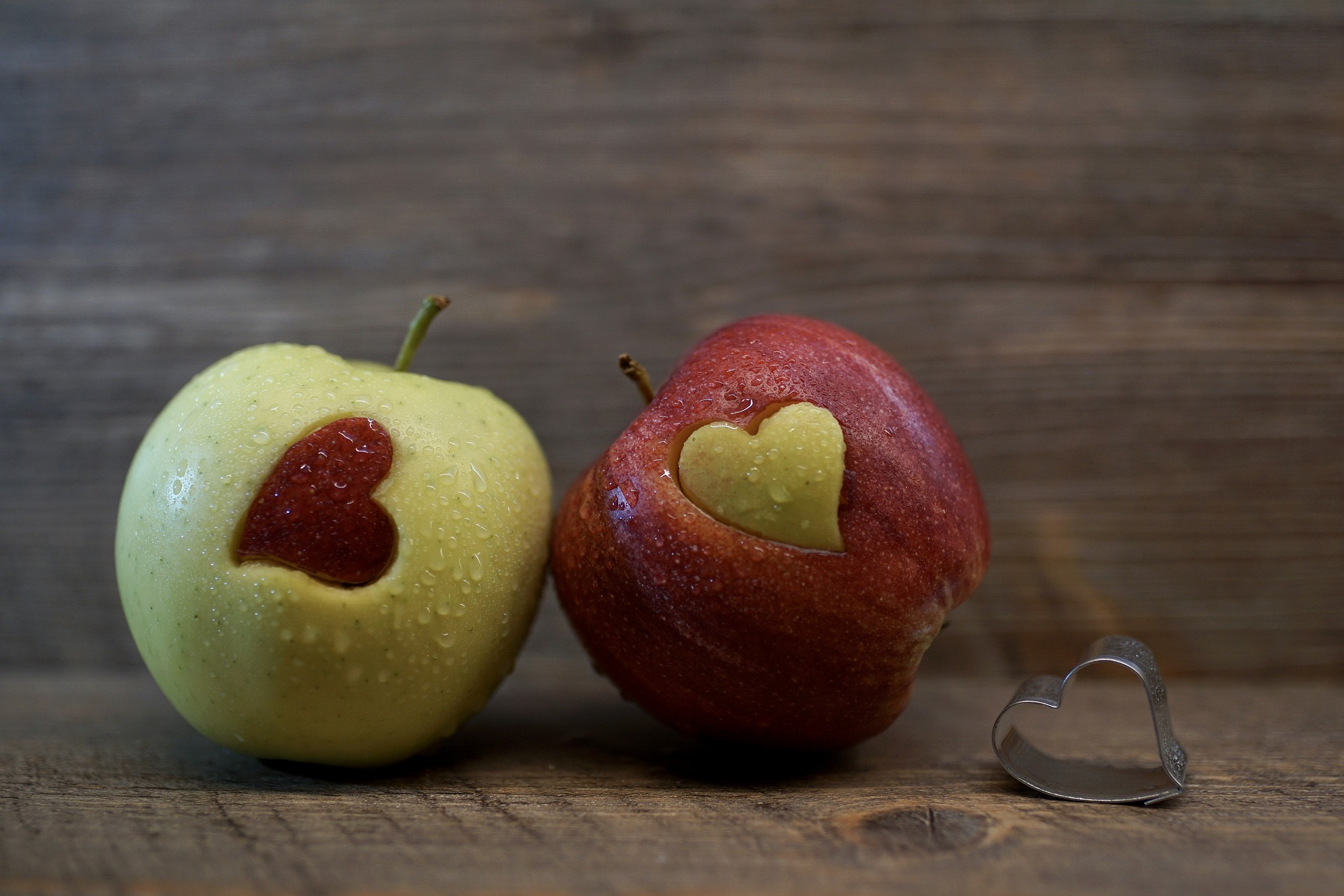 slow-cooker-apple-sauce