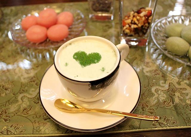 energizing-vanilla-matcha-smoothie