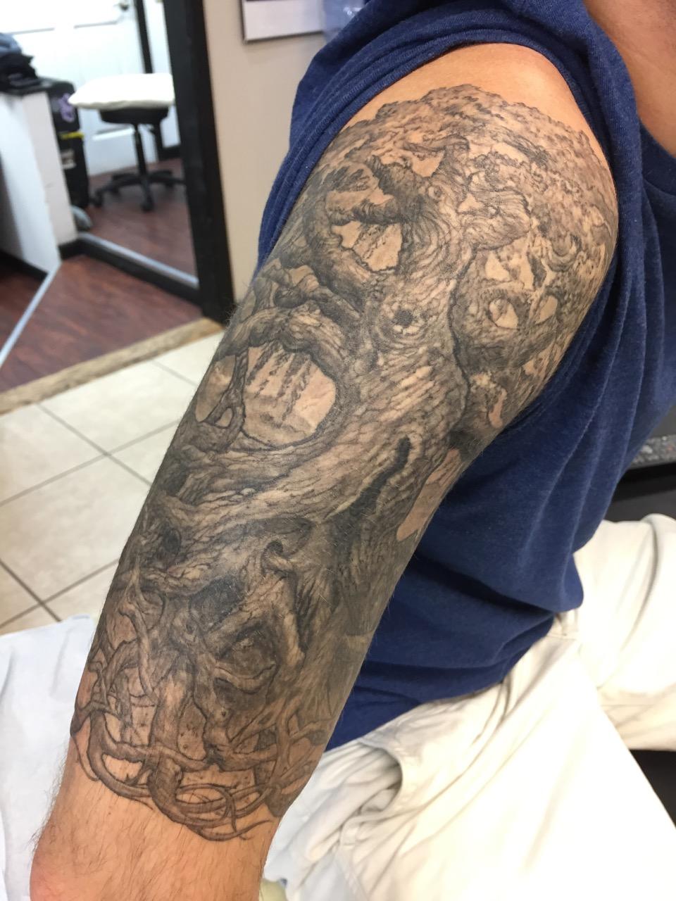 Jesse_Fowler_Tattoo_ - 75.jpg