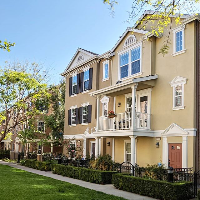 Opened Escrow right before the weekend on this beautiful Camden Place townhome of Columbus Square in Tustin. It's hard to imagine that these Colonial style homes with European influences exist in Orange County! My clients fell in love with the property and neighborhood right away. #loveatfirstsight #whatsnottolove