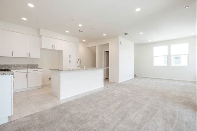 NEW LEASE LISTING this week! You won't want to miss out on this dual master 2 bedroom condo at the District Walk in Anaheim. Be the first ones to live in this brand new property!!