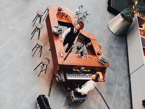 The Piano Bar | Mobiele wijnbar | Nieuwjaarsborrel.jpg