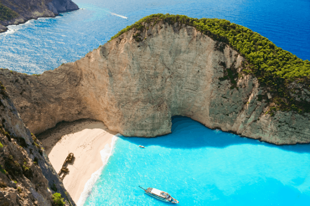7 Of The Most Awesome (and Hidden) Beaches on Earth