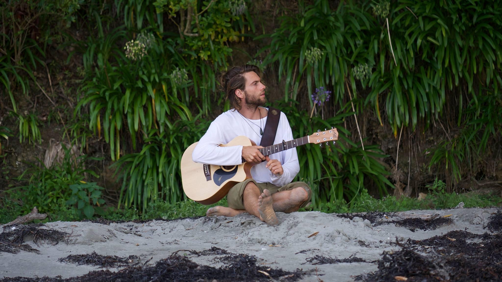 BUSTER CAITCHEON - NEW ZEALAND  Live Set