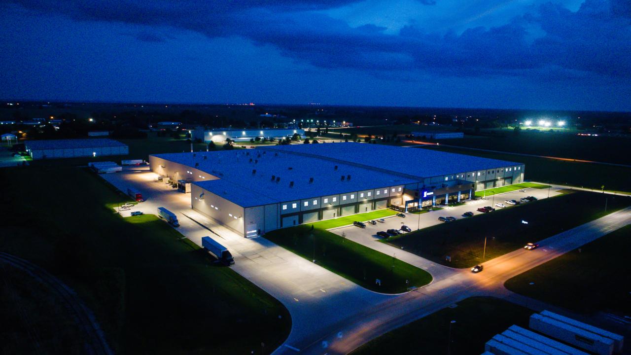Silgan Containers.New 411,000 sq ft warehouse and manufacturing facility. Burlington, IAjpg.jpg