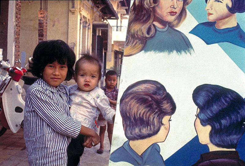 21-portraitsofvietnam-hair.jpg