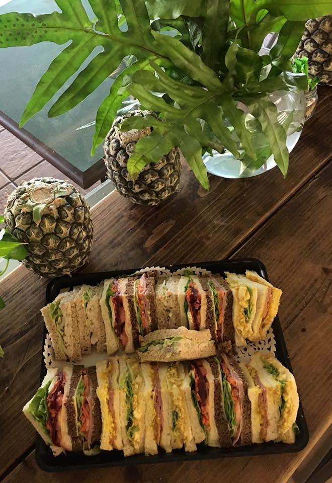 <h3>Sandwich Platters</h3>