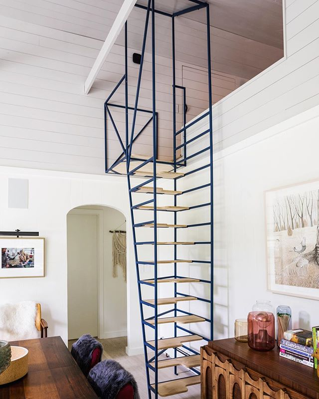 Loft ladder for a lofty day. . . . . #catskills #upstateny #upstatehouse #mountainhouse #cabinporn #homedesign #americandesign #architecture #design #homedecor #homegoods #interior #interiordecorating #interiordesign #interiordesigner #interiorinspiration #interiorinspo #interiors #interiorstyling #interiorstylist #moderndesign #modernhome #modeninterior #stairs #staircase