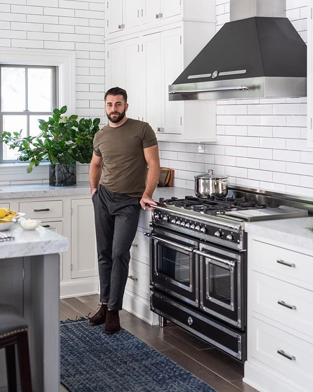 @abuzzetta in his Sag Harbor kitchen. Styling by @miraevnine