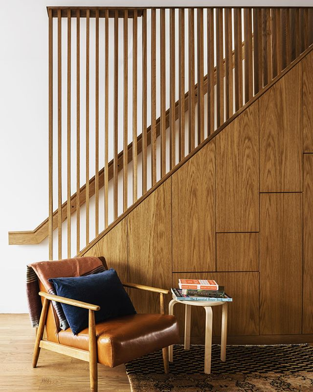 Stair moment by @studiolyonszot, styled by @miraevnine