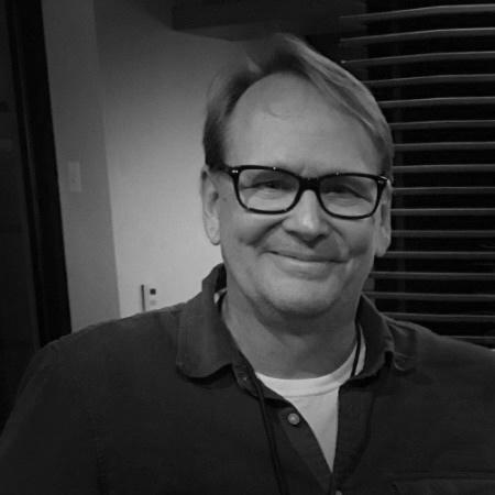 Phillip Bennett | Creative+Design Director   brand storyteller • creative strategist Atlanta AI grad • side hustle: fine artist