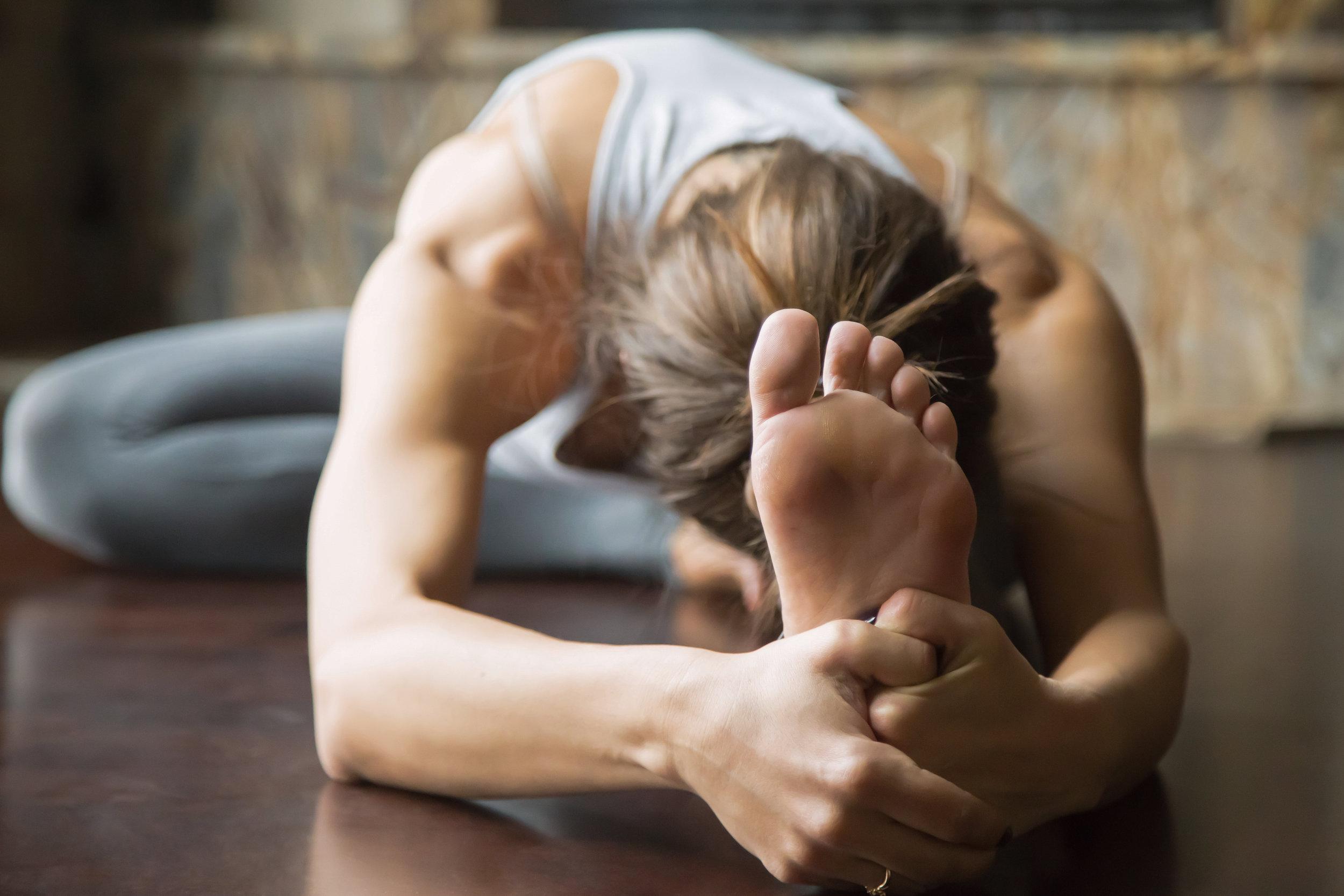 yoga janusirsasana.jpg