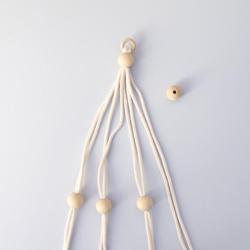 macrame plant hanger step 4.jpg