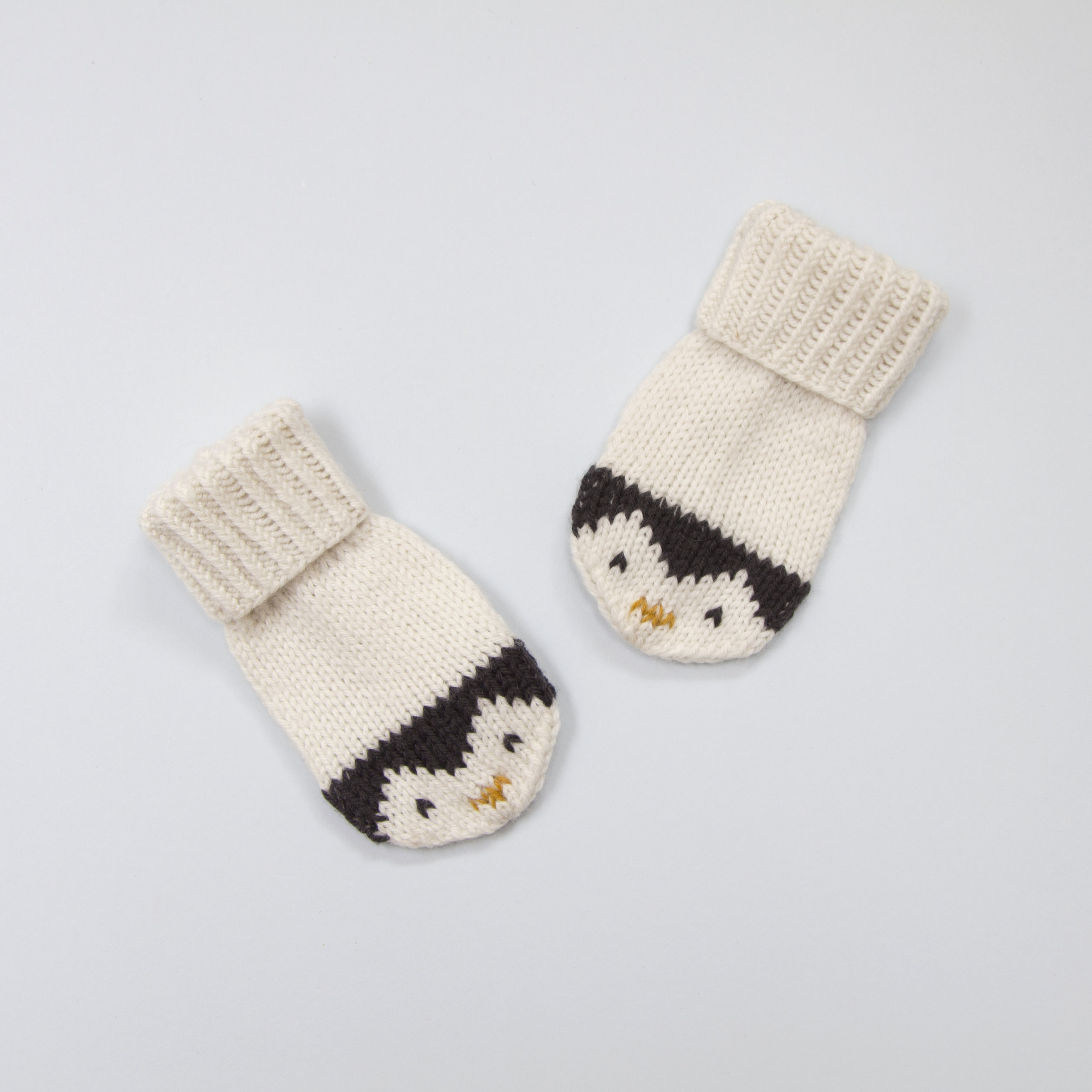 Careena Mittens -  £4.80