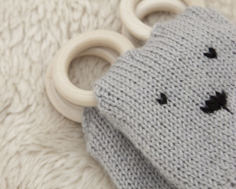 grey bear teething mittens