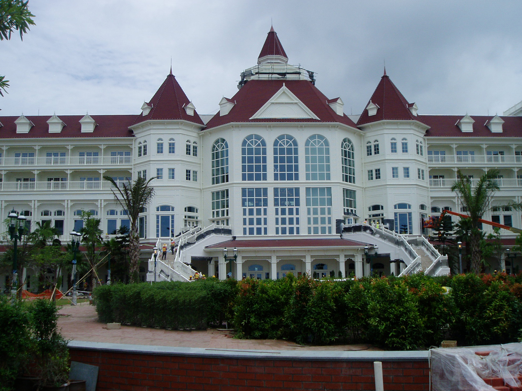 Hotels_Disney Hong Kong2.jpg