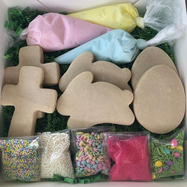 Easter cookie decorating kits are now available! All of your little chicks and bunnies will be sure to love this kit! $20 for a box of 6 cookies, $30 for a box of 12 cookies ✝️🐰🐣