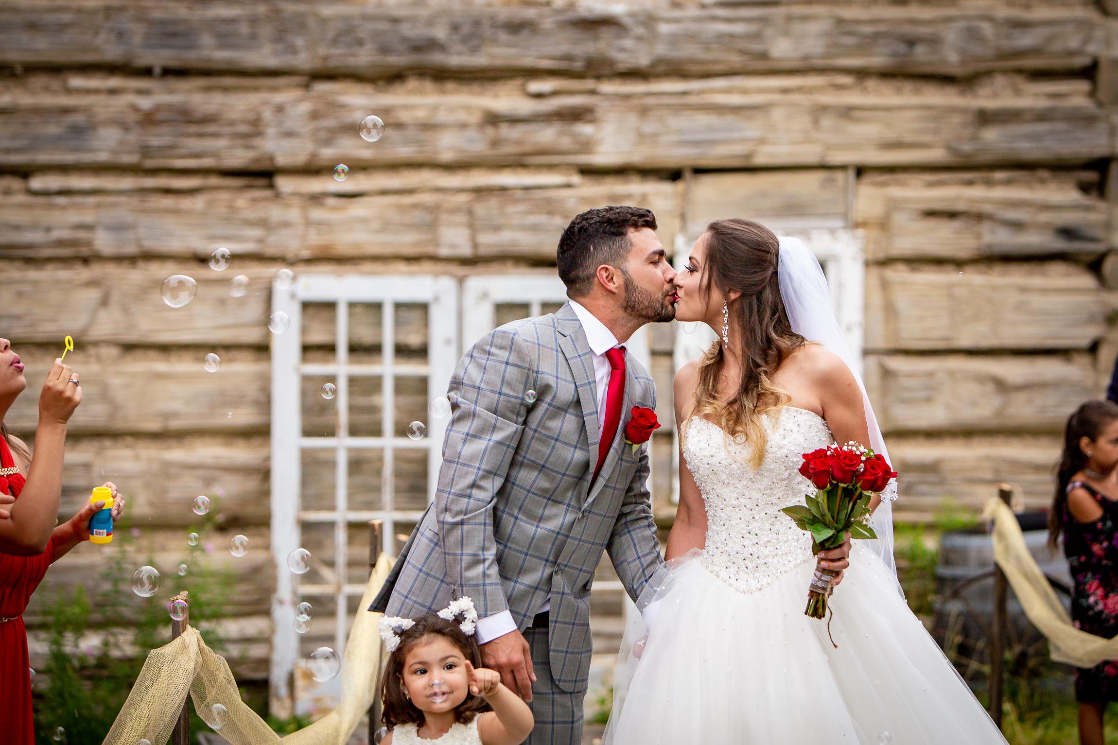 Toronto-wedding-Photograper-97.jpg