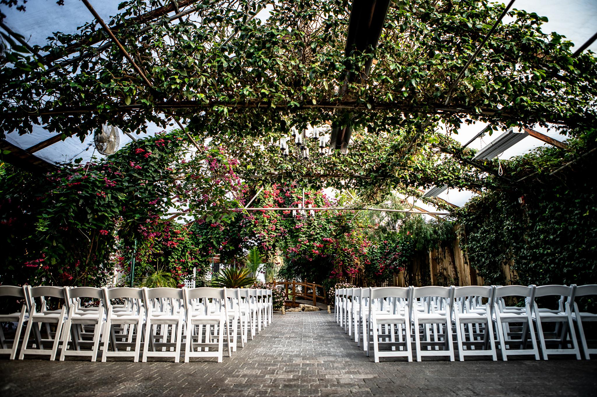 Madsen's Greenhouse wedding photos-24.jpg