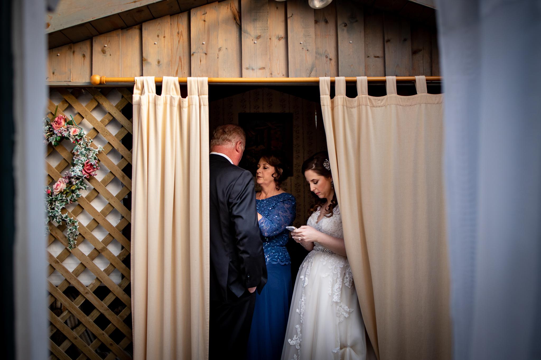 Madsen's Greenhouse wedding photos-30.jpg