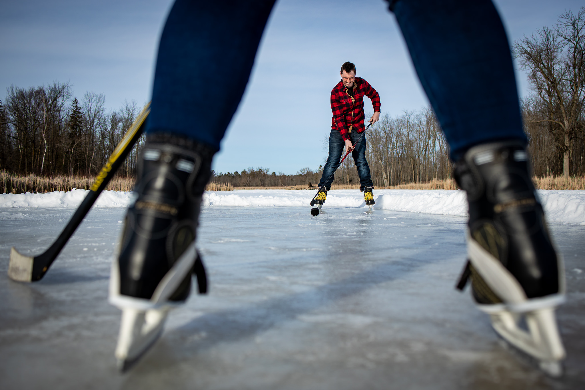 ice-skating-hockey-engagement-photos-2.jpg