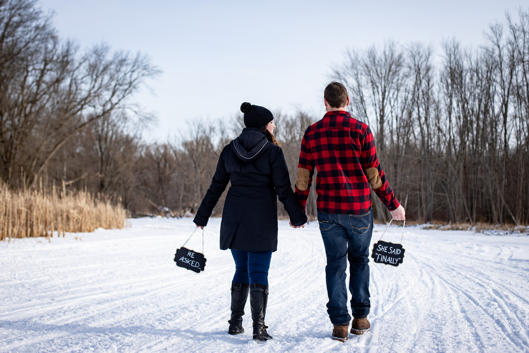 ice-skating-hockey-engagement-photos-12.jpg