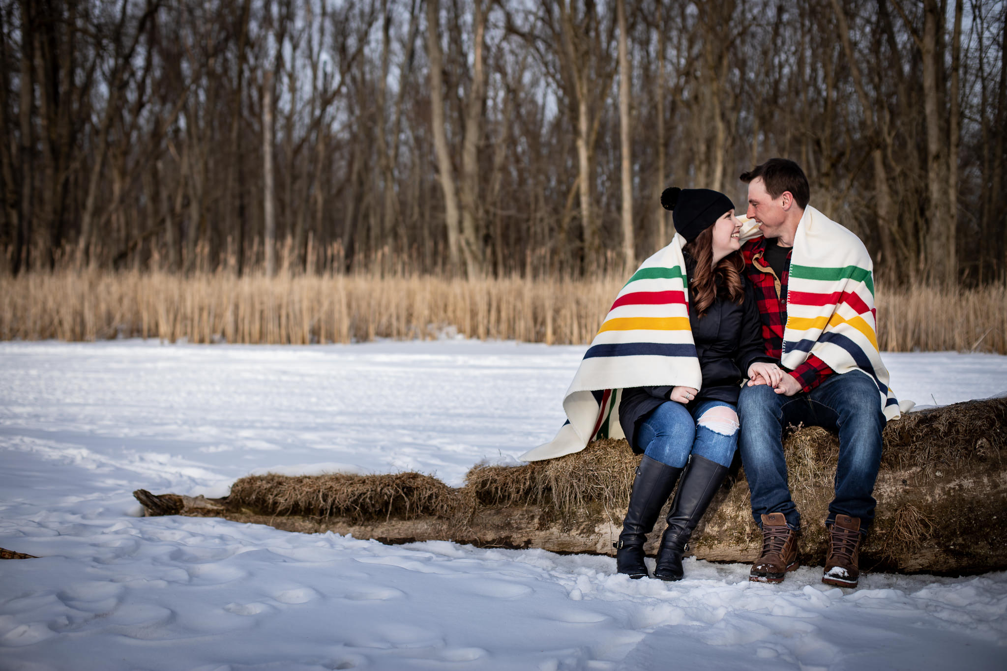 ice-skating-hockey-engagement-photos-15.jpg
