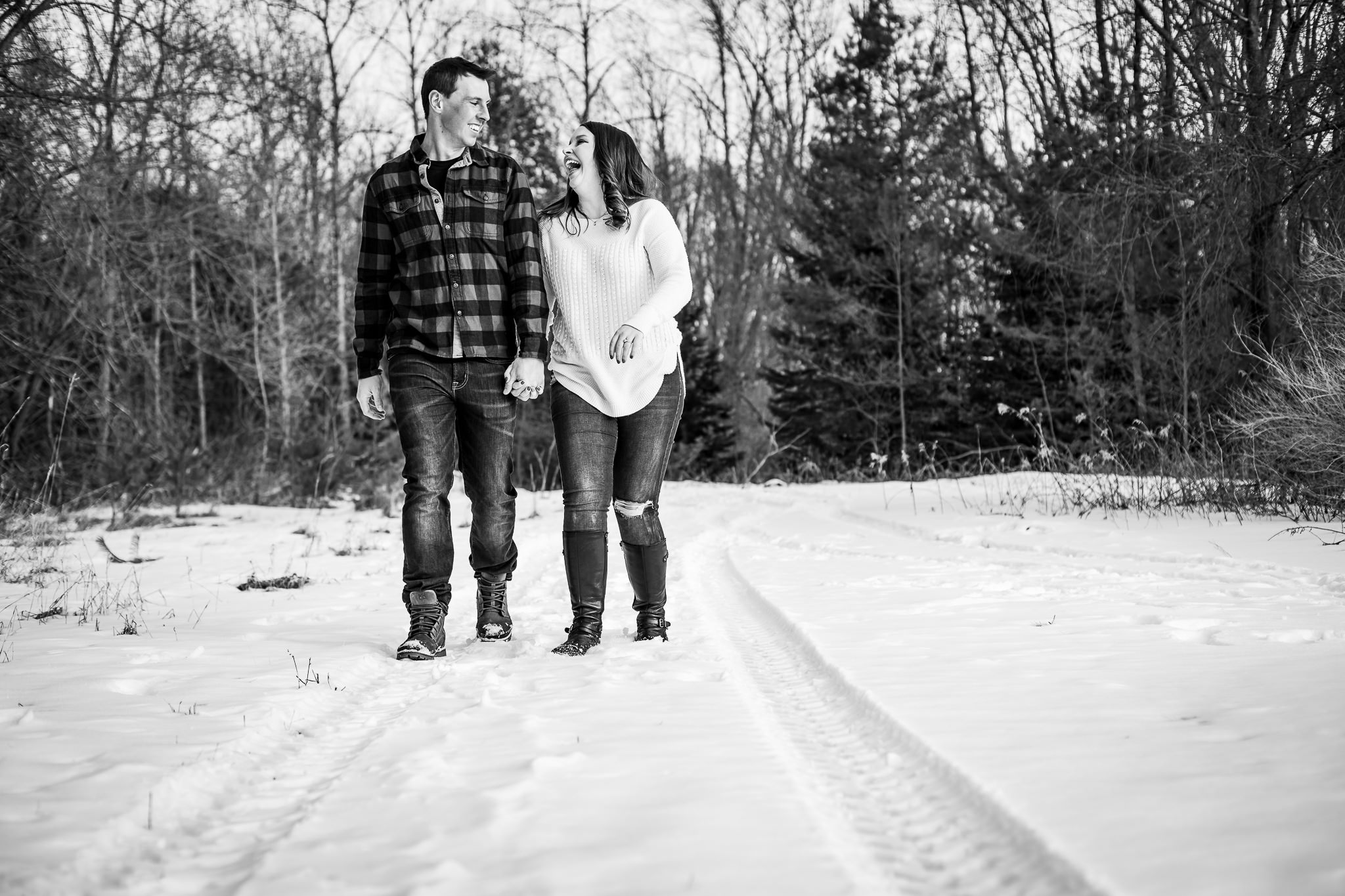 ice-skating-hockey-engagement-photos-22.jpg