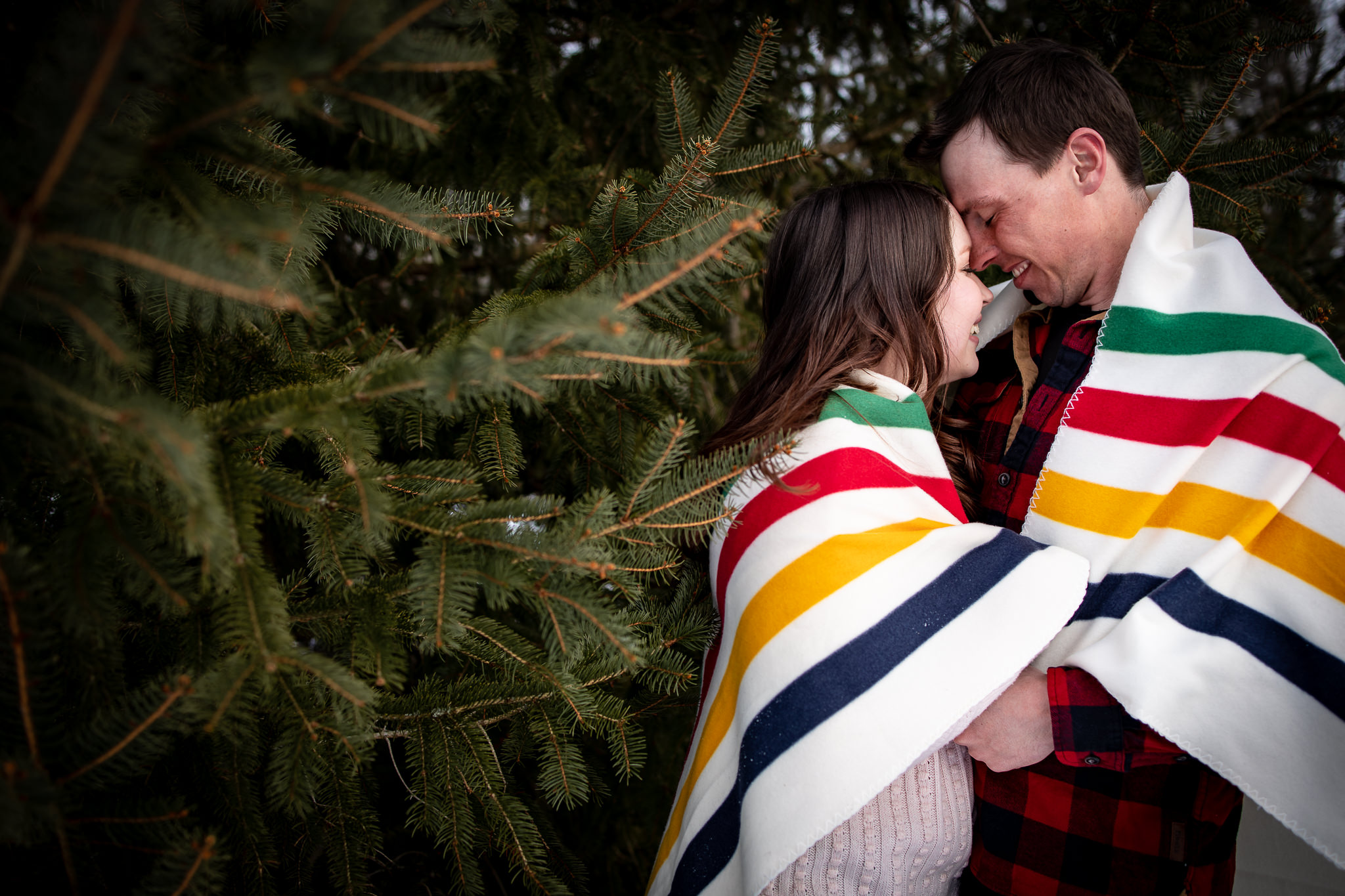 ice-skating-hockey-engagement-photos-27.jpg