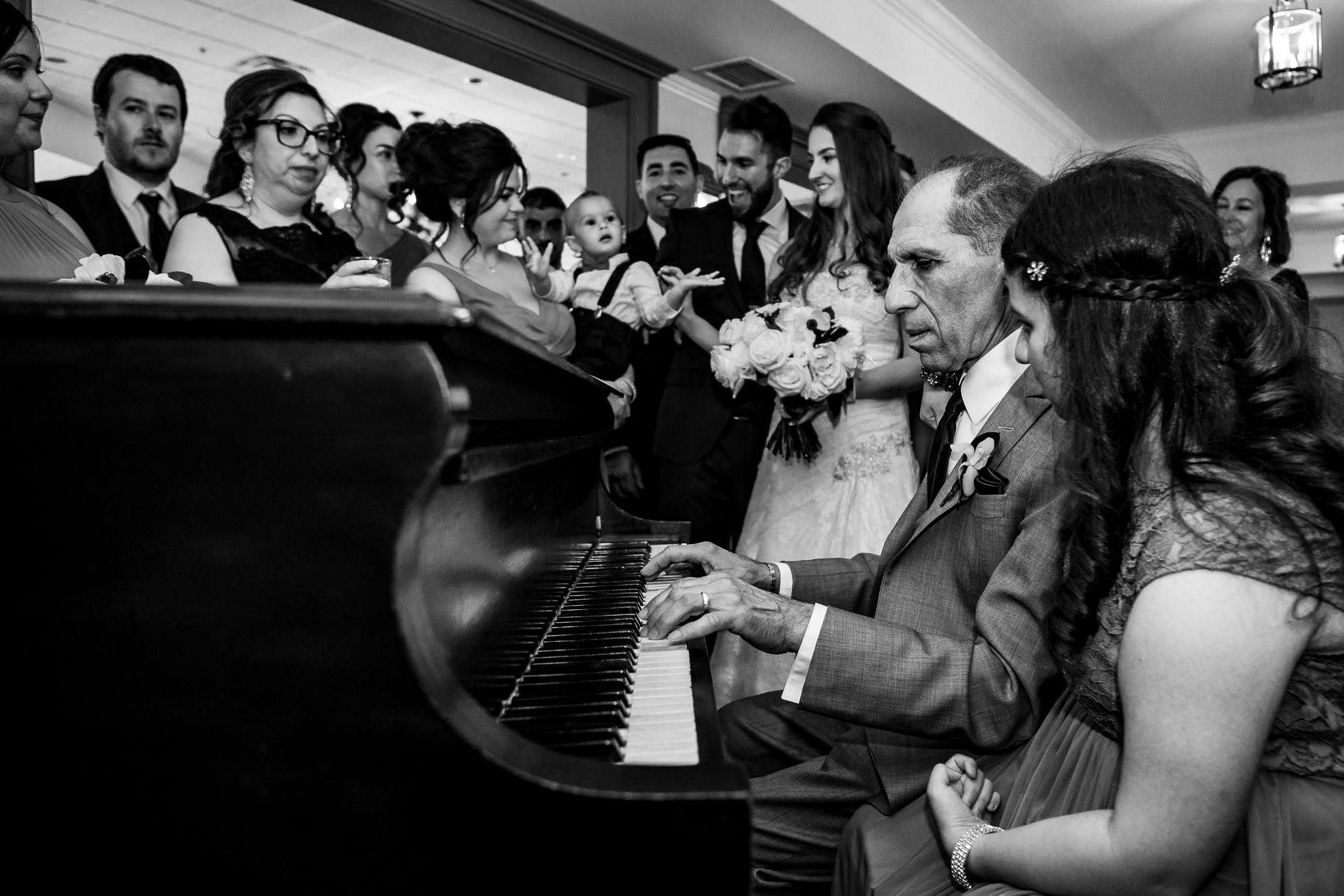 doctor's house wedding photos-43.jpg