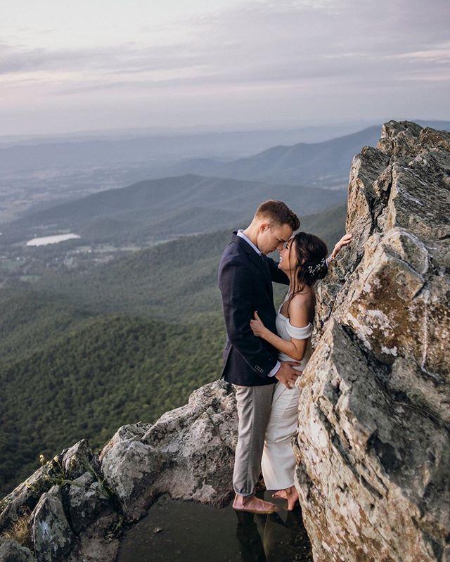 I'll always choose you.... #houseofamsel #mountains #mountaintop #mountaintopview #engagementseasion #darkandmoody #moodyports #moodyphotography #entrepreneur #girlboss #nikond750 #nikond610 #shenandoahnationalpark #love #weddingseason