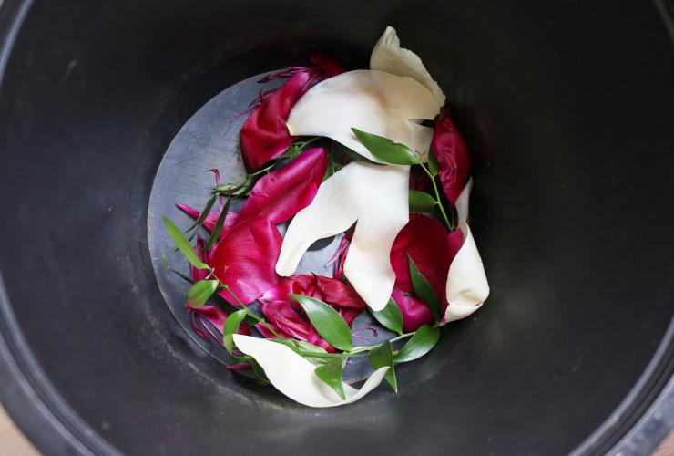 DIY-ice-bucket-floral-step1