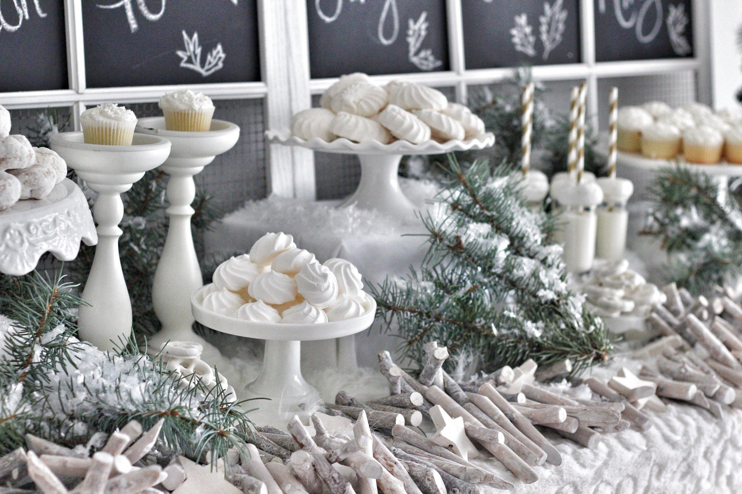 jingle-mingle-dessert-bar-3-1217.jpg