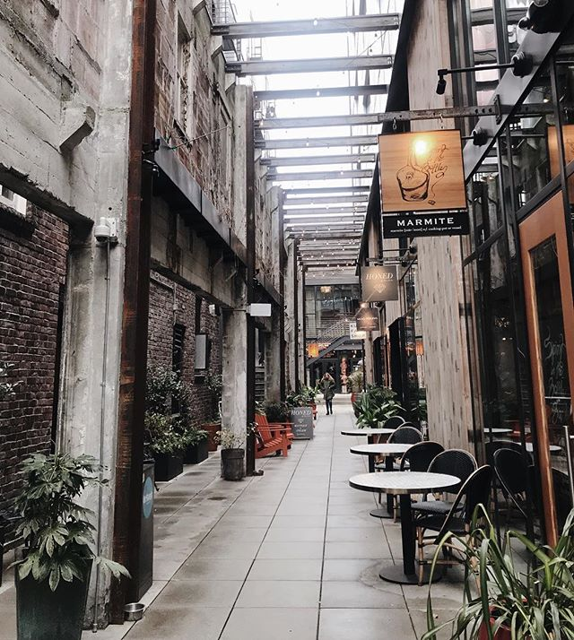 Explore Seattle || Chophouse Row is filled with delicious restaurants, local handmade goods, and a soothing ambience tucked in the Capitol Hill neighborhood. 🌿