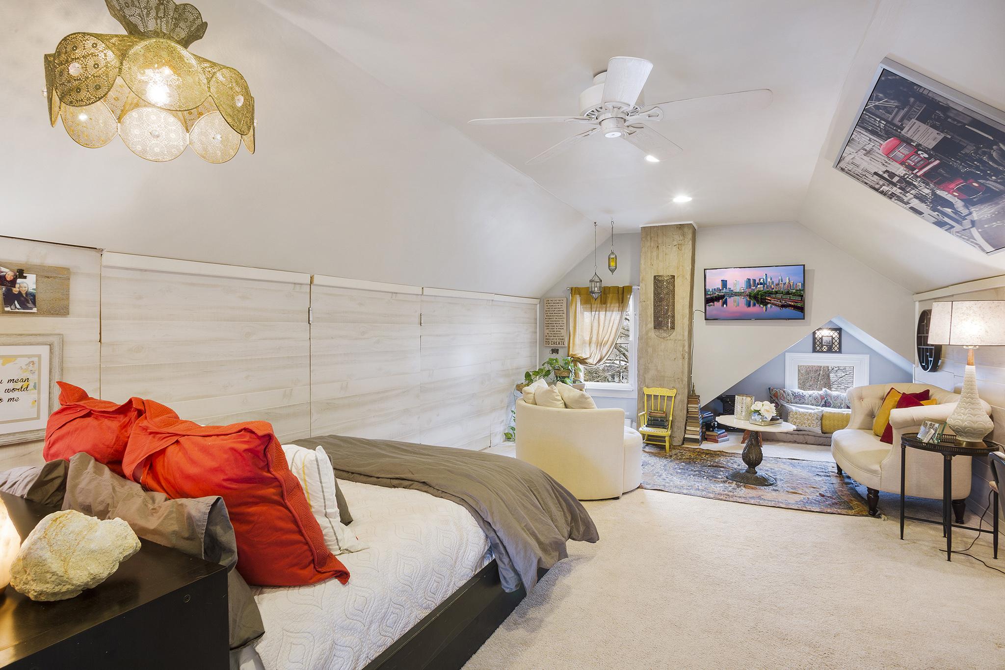 Vince May Real Estate -  406 N. 5th St Perkasie PA-online-16.jpg