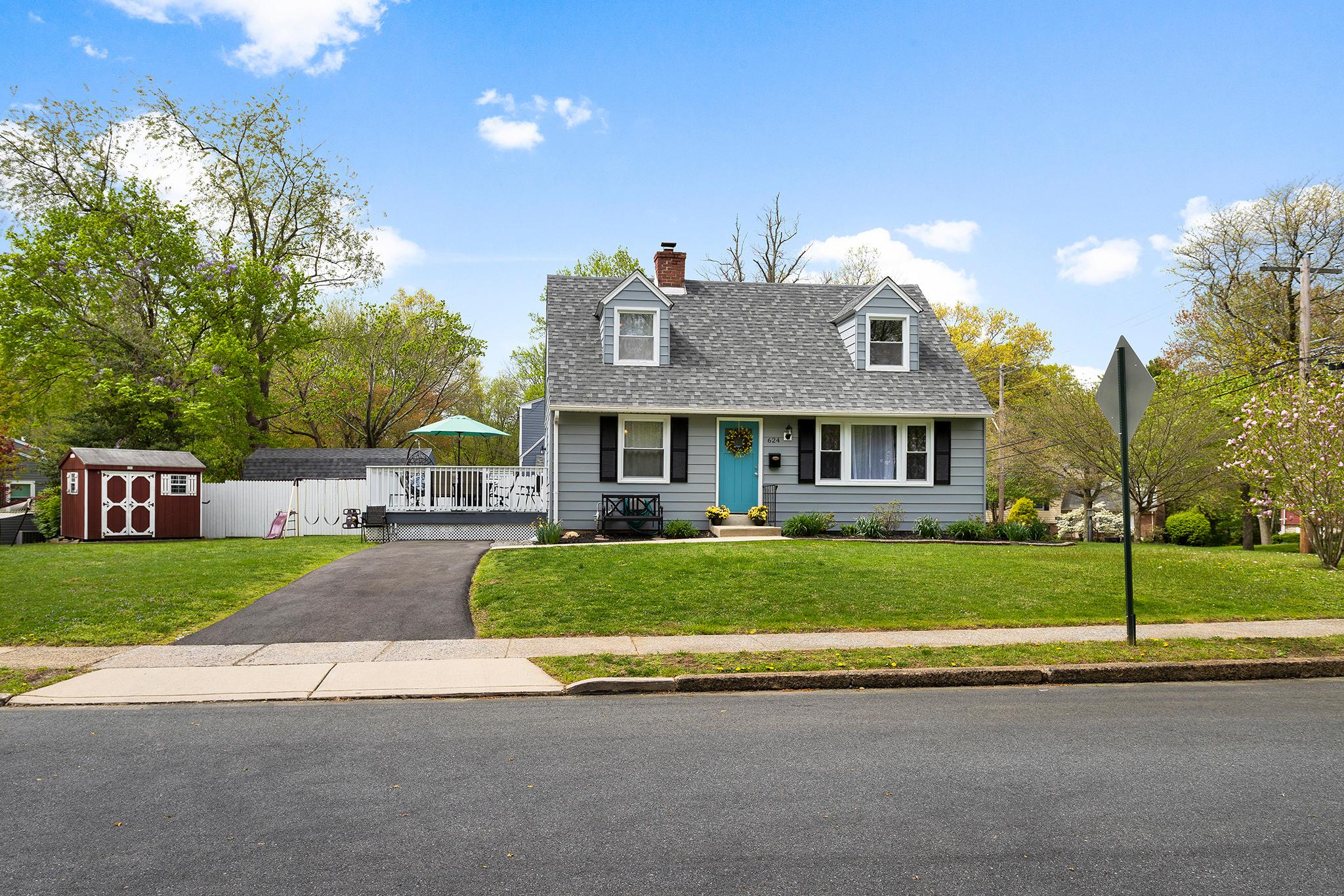 VMT 624 Michigan, Swarthmore-online-01.jpg