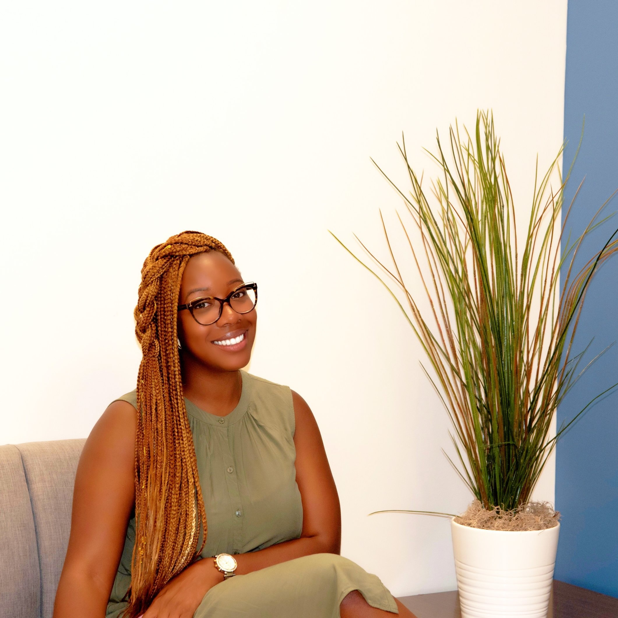 Zoe Hunter - Focus areas: Community Engagement, Nonprofits, Social Entrepreneurship, Wellness