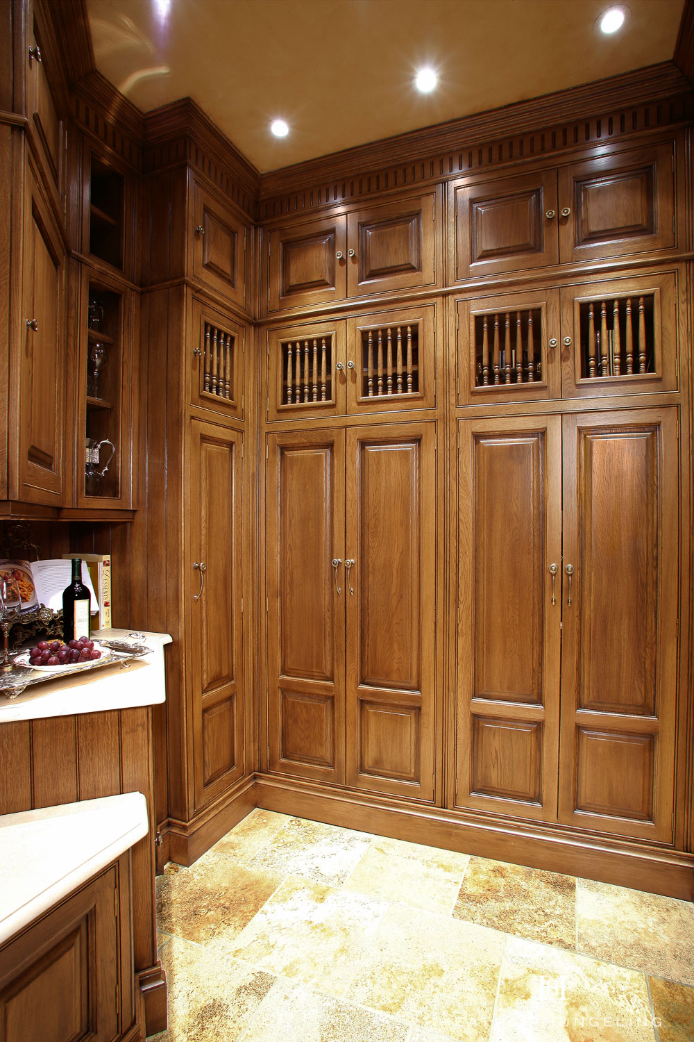 A small butler's pantry in an adjoining room houses a multitude of serving pieces.