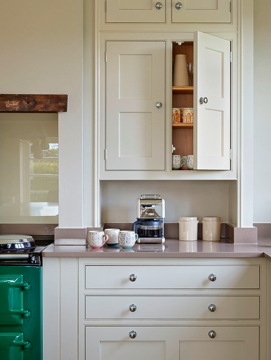 Most English kitchen designs feature very classic door styles. Framed, inset shaker-style doors, trimmed with a beaded opening are the gold standard of quality for English cabinet makers.