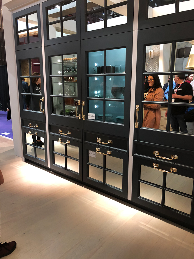 Monogram's integrated glass refrigeration had many admirer's at KBIS 2019. While not a new kitchen product for the year, they did a brilliant job of integrating the units with custom cabinetry panels, which showed off the unit's elegant engineering and unique door/drawer configuration.