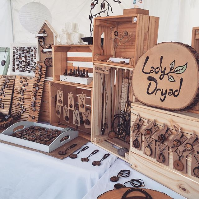 Hey you guys!! I've officially returned to San Diego and will be setting up TODAY!! I'll be in my usual space at the Ocean Beach farmers market, so stop by and say hi! 4pm-9pm tonight ❤️❤️ . . . . . #ladydryad #oceanbeach #wheretofindme #woodslice #woodworking #woodcraft #pyrography #woodburning #sandiego #california #thingstodo #market #etsy #etsyshop #estyseller #photooftheday #allthingssd #sandiegoliving #fashiongram #handmade #maker #artistsoninstagram #artist #shoplocal #streetwear #shopsmall #supportlocal #shophandmade #boutique #handmadeisbetter