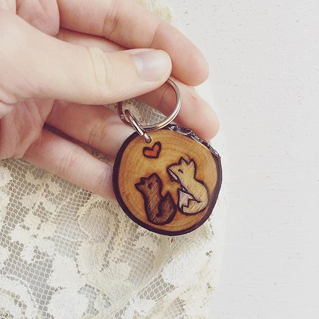 A cute take on my little fox design, made special 💛🖤 I LOVVEEE creating custom pieces so hit me up if you ever want a unique gift or keepsake 😊 . . . #woodjewelry #woodslice #wooden #fox #cuteanimals #picoftheday #bohemianstyle #californiamade #shoppingonline #smallbusiness #shoplocal #ladydryad #bohostyle #bohemian #bohochic #handmade #handmadeisbetter #sandiego #california #shoplocalsd #keychain #shopmycloset #maker #etsyshop #etsyseller #boutique #rustic #woodworking #woodburning #pyrography