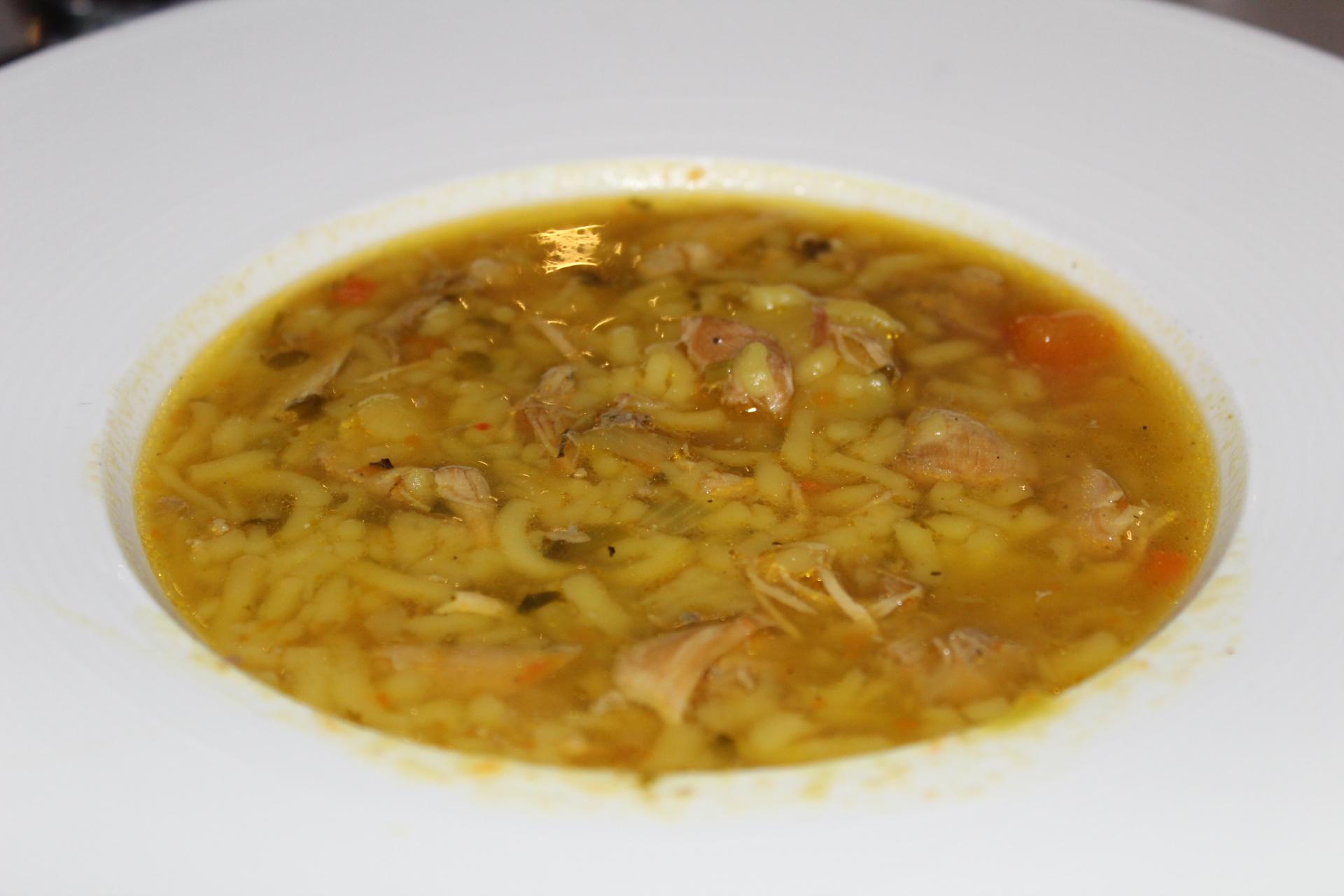 Soupa de Pollo